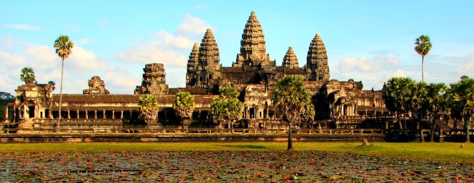 I'm on my way to Siem Reap, the home of Angkor Wat and the Kingdom of Wonder. This time I'm not just going fora temple visit, but am moving there for a new project in peace-building.